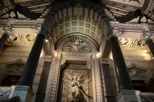 L'interior de Notre Dame de Fourviere